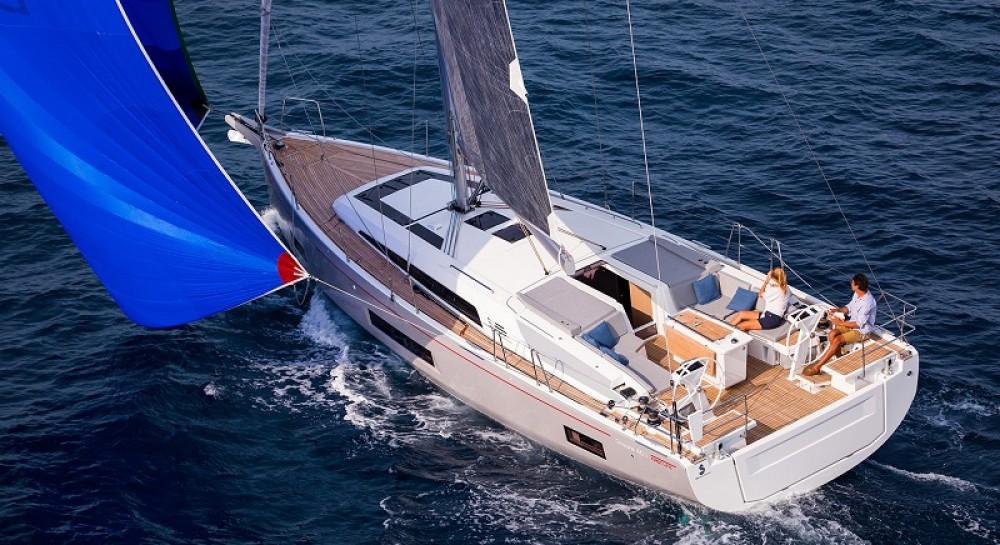 Boat rental Bénéteau Oceanis 46.1 in Balearic Islands on Samboat