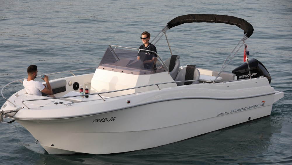Hire Motorboat with or without skipper Atlantic Trogir