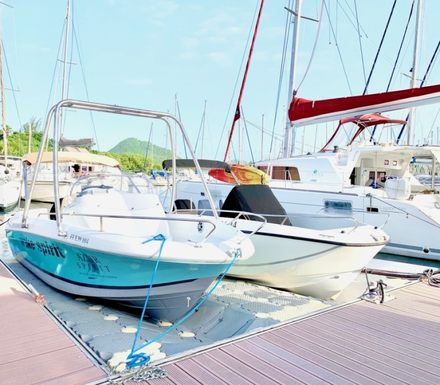 Hire Motorboat with or without skipper beneteau&source Le Marin