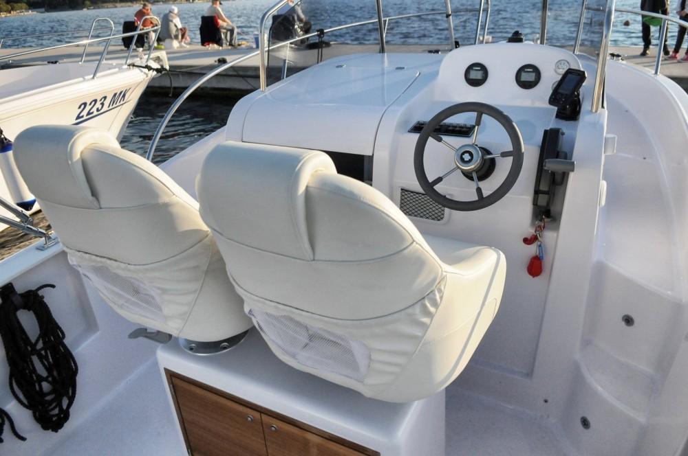 Boat rental Malinska cheap Elan 600 Cabine