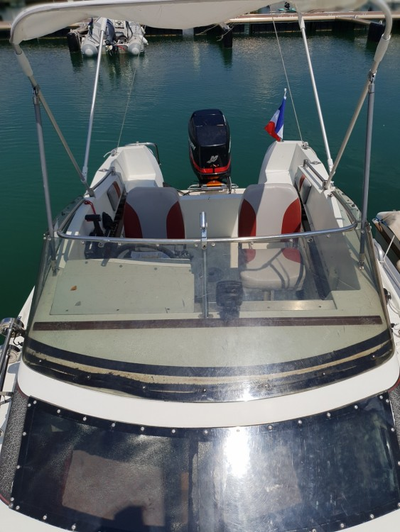 Motor boat for rent Virignin at the best price