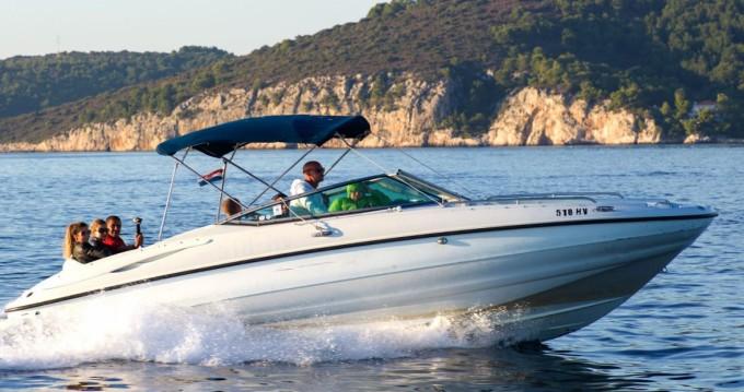 Rental Motorboat in Hvar - Crownline Crownline