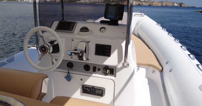 Hire Motorboat with or without skipper Sacs Ibiza Town