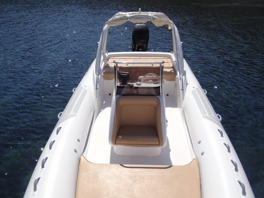 Hire Motorboat with or without skipper Sacs Balearic Islands