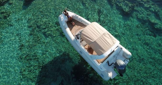 Boat rental Hvar cheap Aquamax