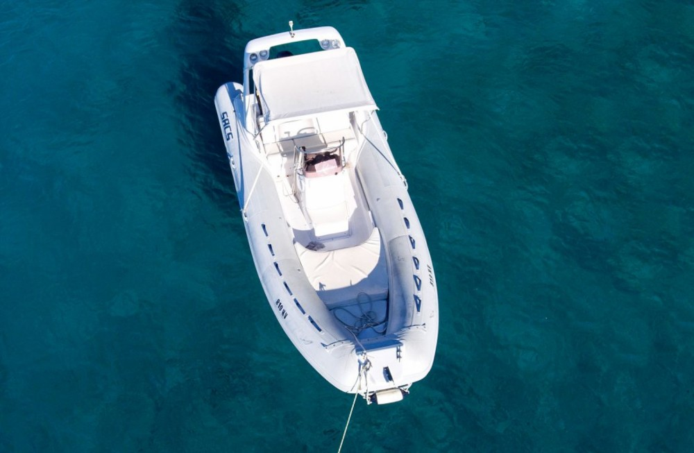 Hire RIB with or without skipper Sacs Hvar