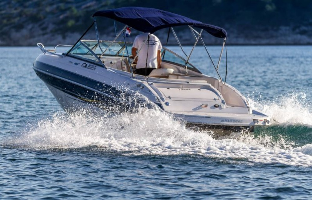 Rental Motorboat in Barbat na Rabu - Four Winns four winns