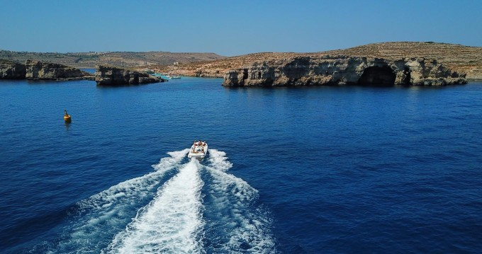 Motorboat for rent Sliema at the best price