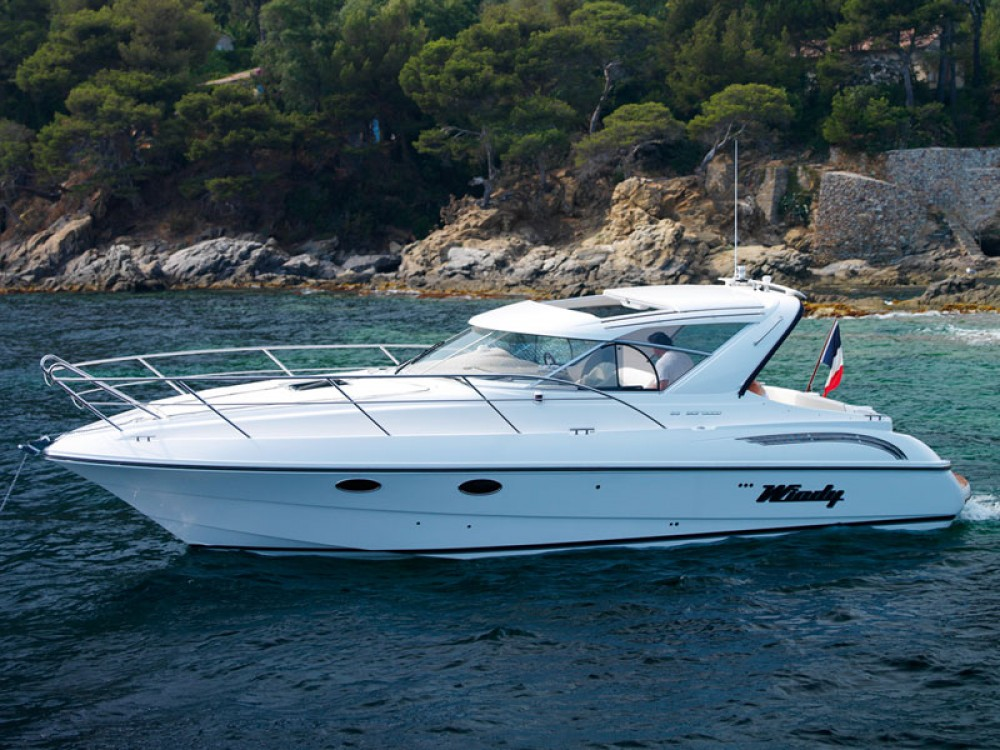 Boat rental Windy Boats 33 Sicirocco in Balearic Islands on Samboat