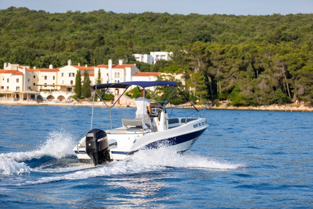 Rental Motorboat in Malinska - Blumax 550 Open