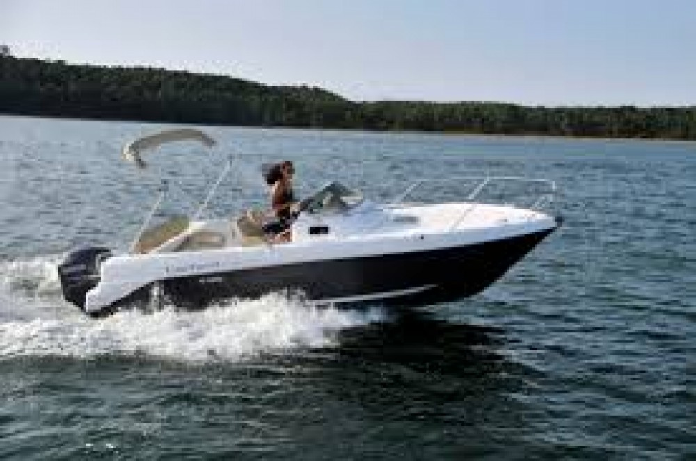 Rental Motorboat B2 Marine with a permit