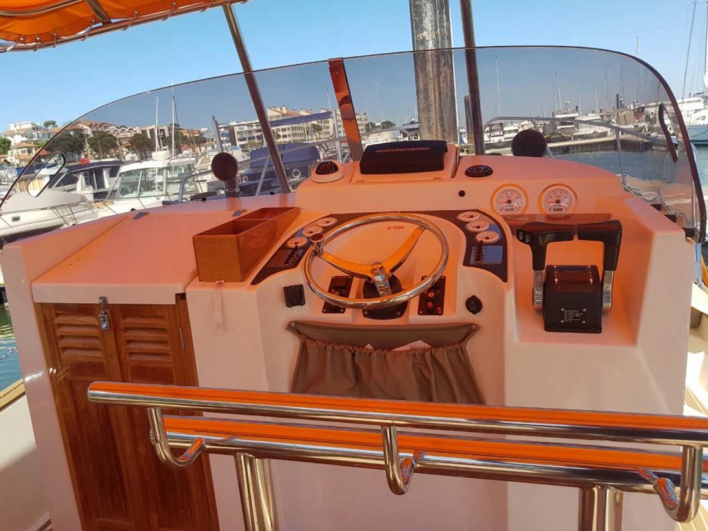 Hire Motorboat with or without skipper Beacher Arcachon