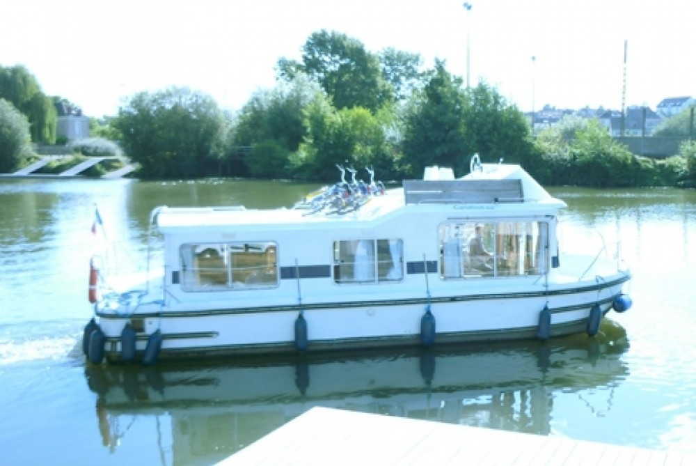 Rental Canal boat in Mauguio - Les Canalous Eau Claire 930 Fly