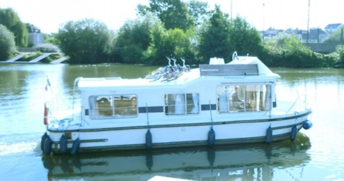 Canal boat for rent Carnon-Plage at the best price