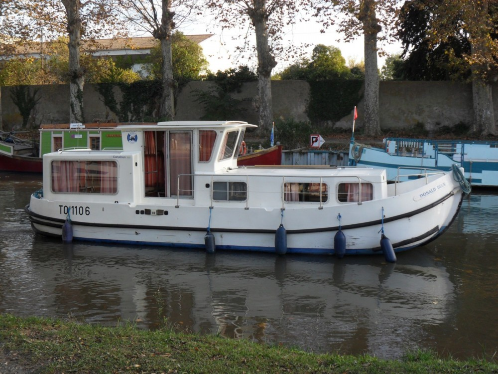 Hire Canal boat with or without skipper Les Canalous Languimberg