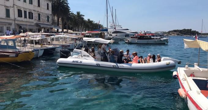 Rental yacht Hvar - Sacs 78 on SamBoat