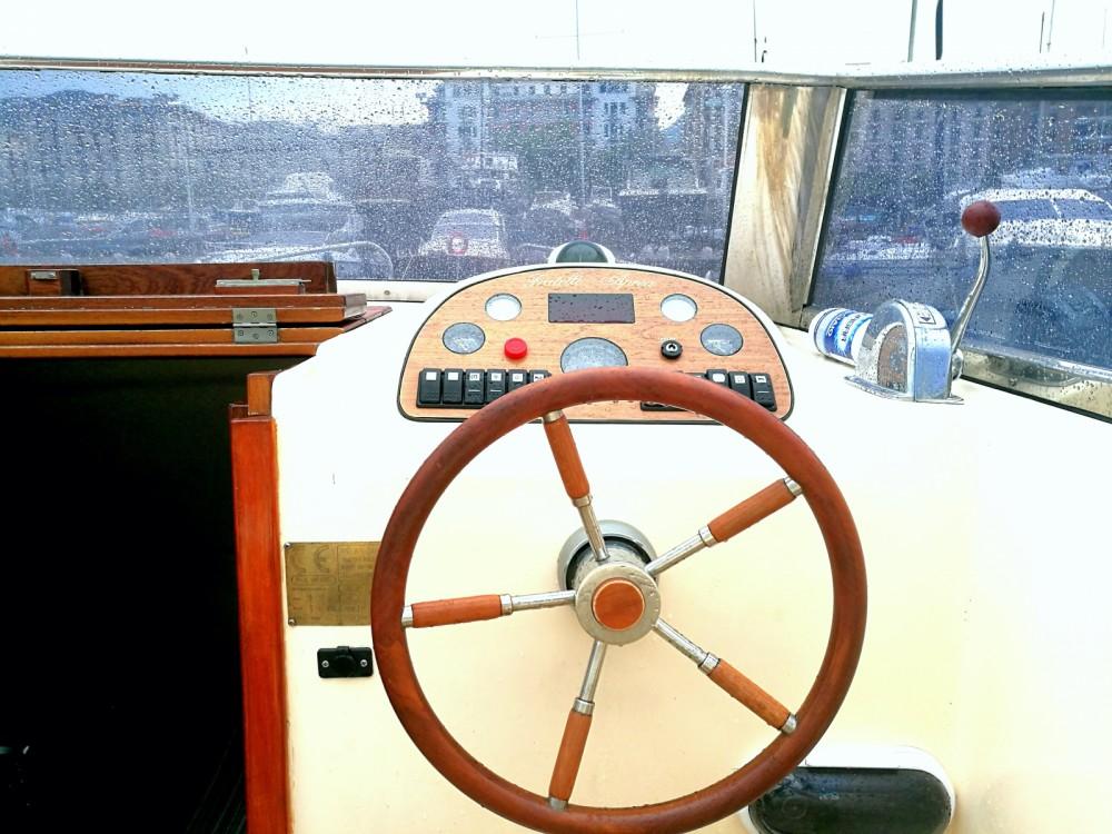 Rental yacht Salerno - Fratelli Aprea Sorrento 7,50 Semi Cabinato on SamBoat