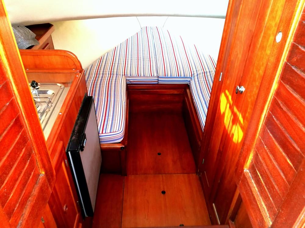 Boat rental Salerno cheap Sorrento 7,50 Semi Cabinato
