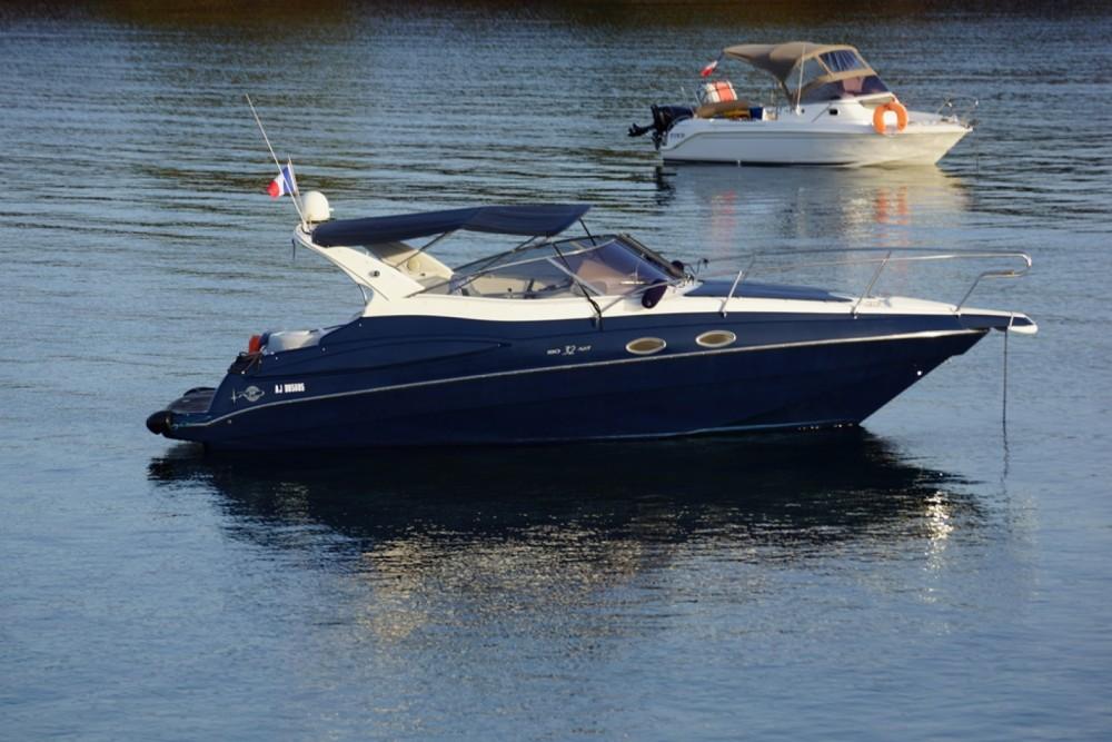 Rental Motorboat in Bormes-les-Mimosas - Rio Yachts Rio 32 ART