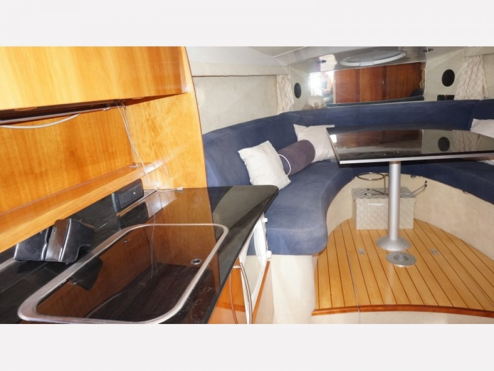 Motorboat for rent Bormes-les-Mimosas at the best price