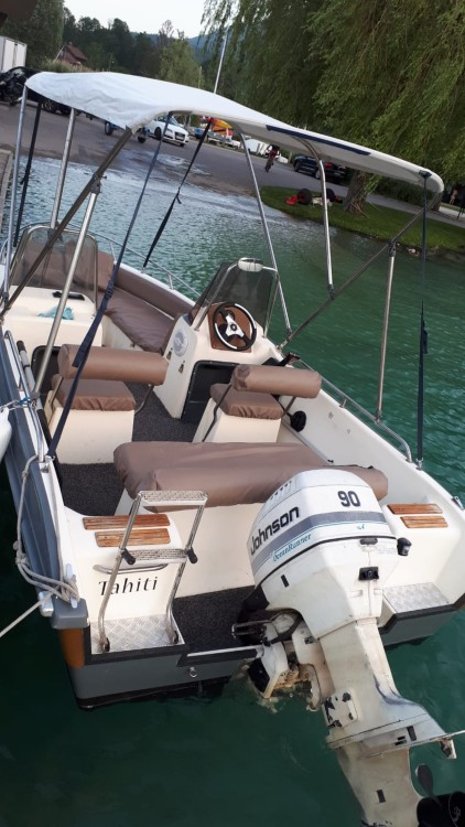 Boat rental Ultramar Ultramar 470 Open in Annecy on Samboat