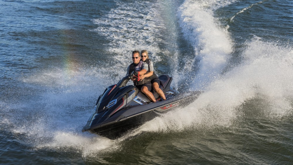 Hire Jet Ski with or without skipper Yamaha La Rochelle