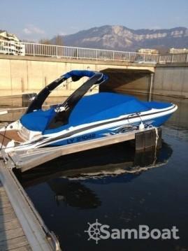 Boat rental Régal 2100 RX in Aix-les-Bains on Samboat