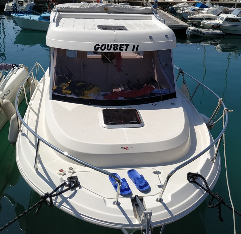 Pacific Craft Pacific Craft 660 Timonier between personal and professional Menton