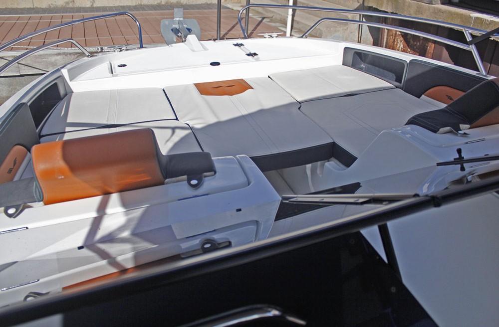 Boat rental Barcelona cheap Flyer 7 SPORTdeck