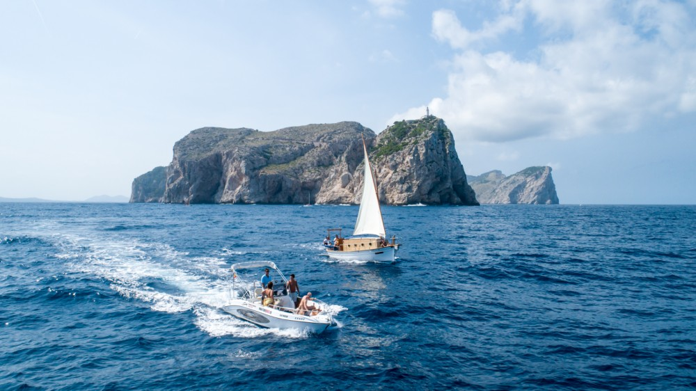 Hire Motorboat with or without skipper Mano Marine Alcúdia