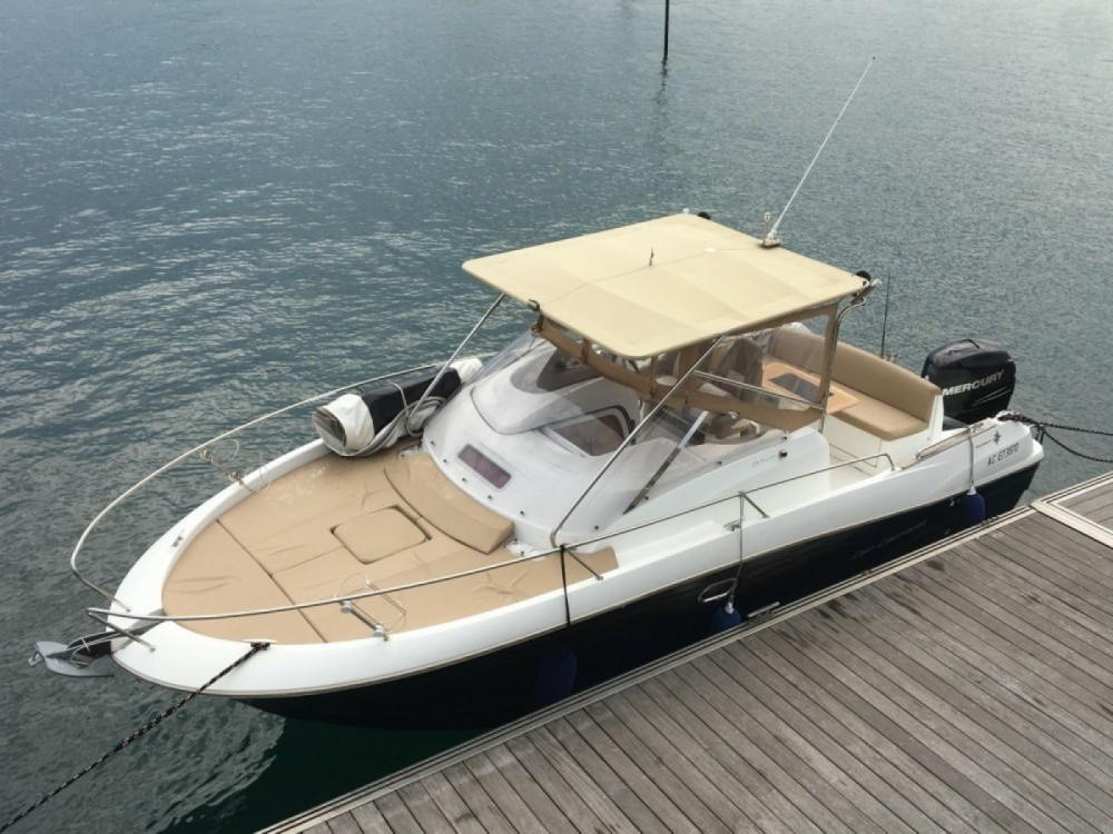 Hire Motorboat with or without skipper Jeanneau Dinard