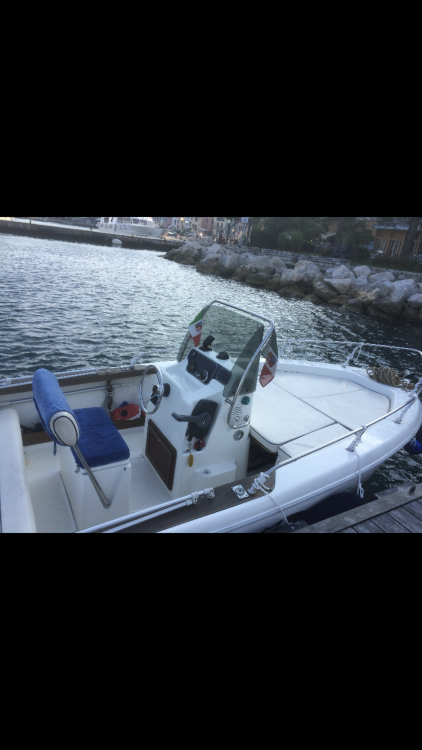 Boat rental La Spezia cheap Cap 17