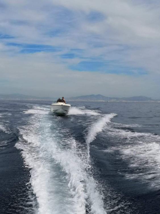 Rent a Mano Marine 19.5 Fos-sur-Mer