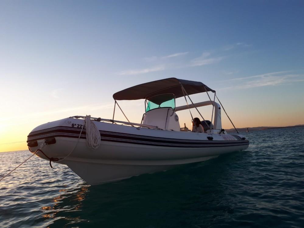 Boat rental Nautitech 6,80m in Formentera on Samboat