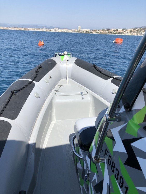 Adventure VESTA 550 between personal and professional Fréjus