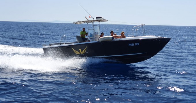 Rental Motorboat in Hvar - Phoenix 31