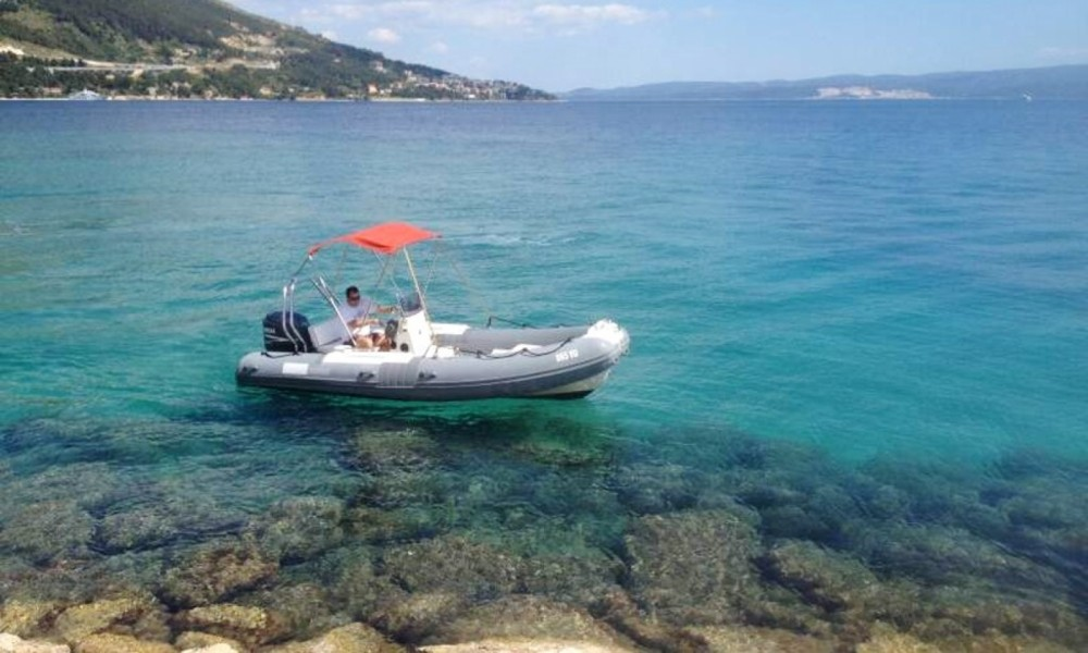 RIB for rent Omiš at the best price