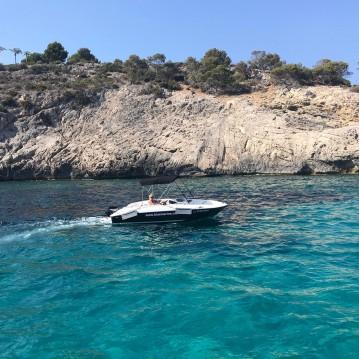 Hire Motorboat with or without skipper Bayliner Badia de Santa Ponça