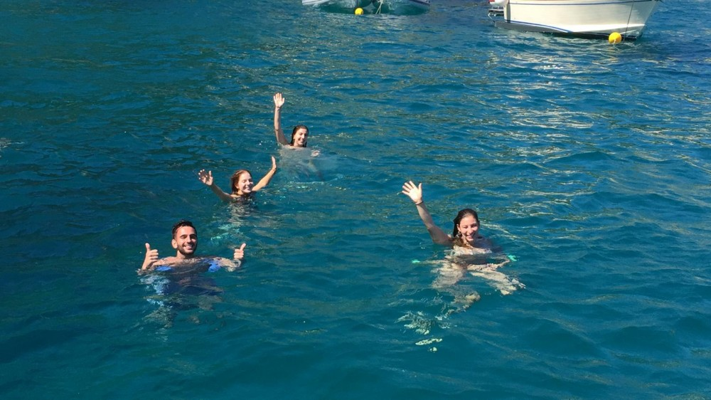 Aprea Mare Aprea mare 10 mt between personal and professional Positano