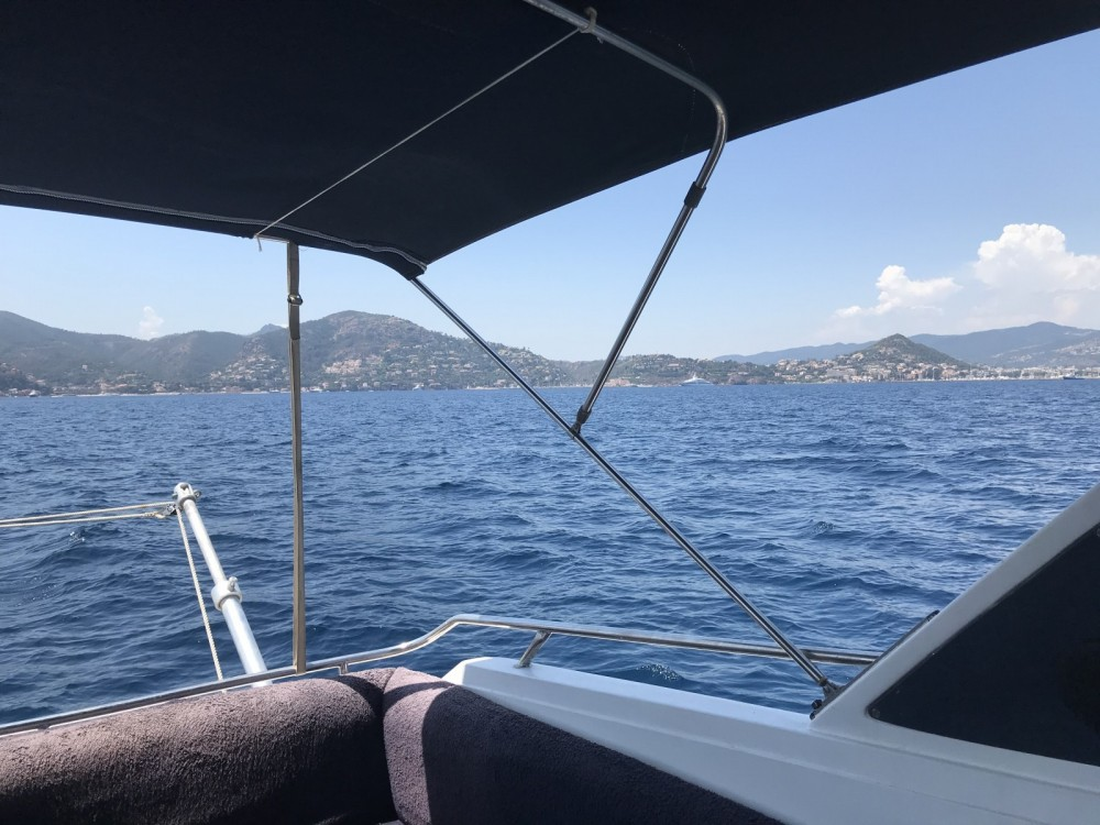 Hire Motorboat with or without skipper Sunseeker Mandelieu-la-Napoule