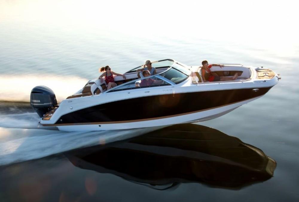 Rental Motorboat in Bol - Four Winns HD240 OB