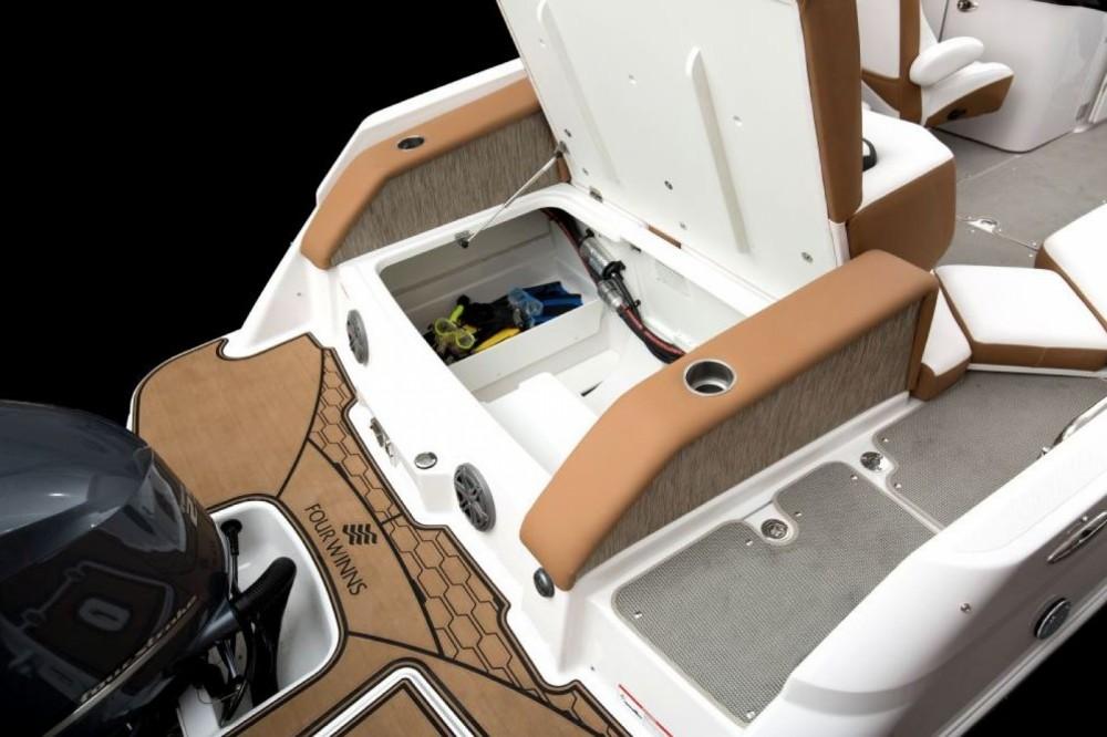 Boat rental Bol cheap HD240 OB