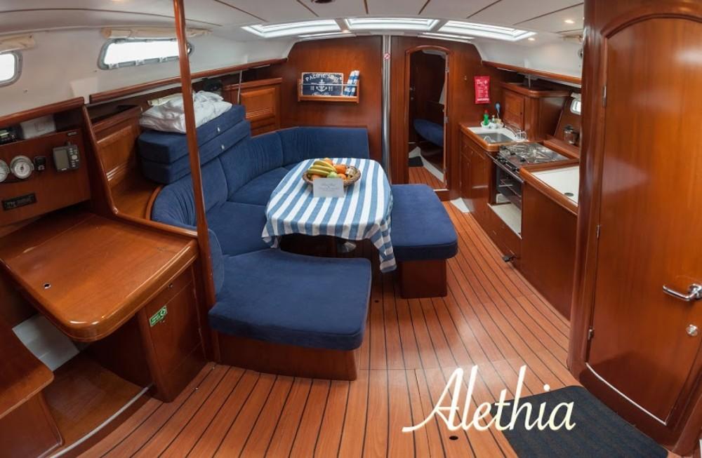 Rental yacht Volos Municipality - Bénéteau Oceanis 393 Clipper on SamBoat