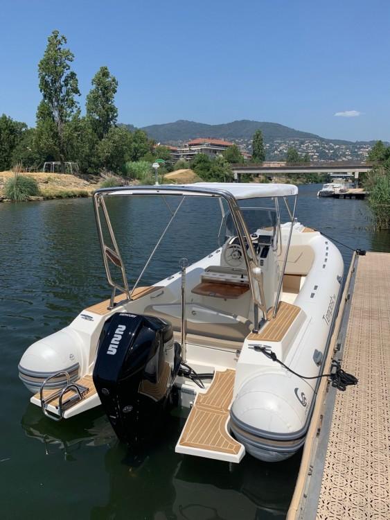 Boat rental Tempest CAPELLI in Mandelieu-la-Napoule on Samboat