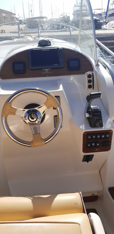 Boat rental  cheap Tempest 900