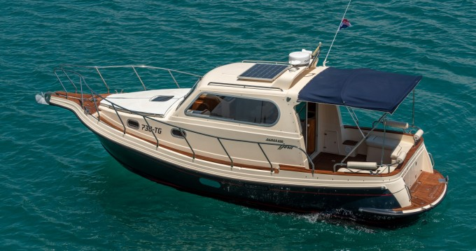 Hire Motorboat with or without skipper Damor Fjera Split