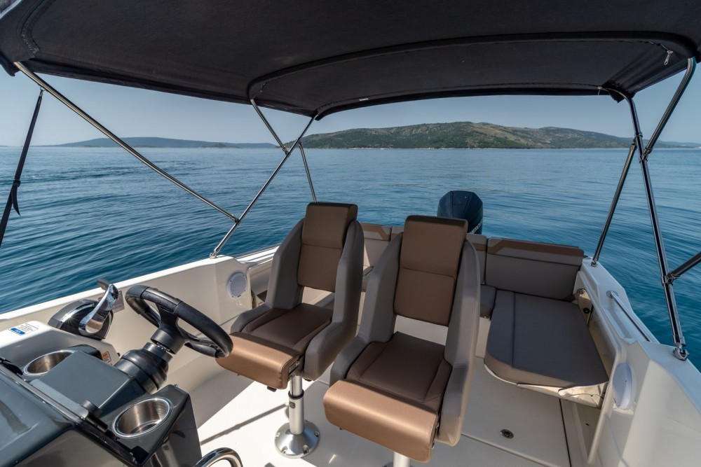 Boat rental Trogir cheap Activ 755 Open