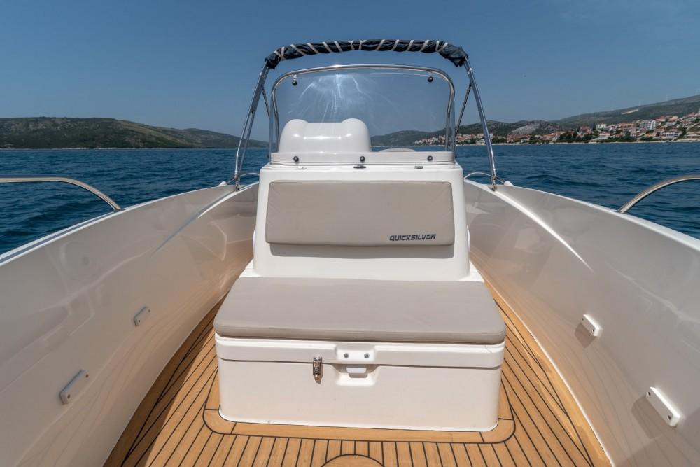 Boat rental Quicksilver Activ 555 Open in Split on Samboat
