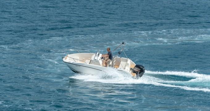 Boat rental Split cheap Activ 555 Open