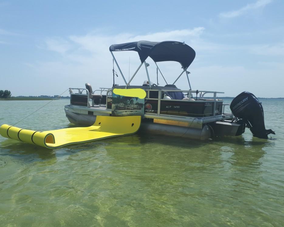 Rental yacht Sanguinet - Sun Tracker Bass Buggy 18 on SamBoat